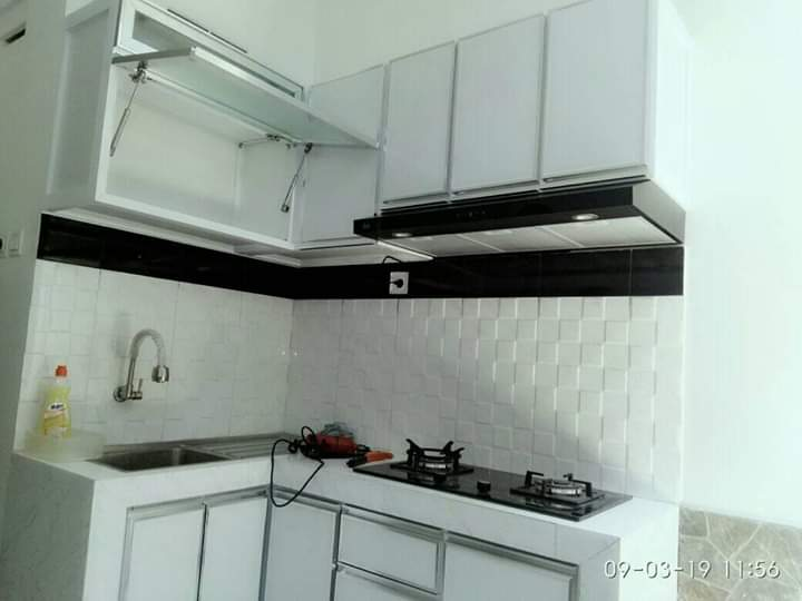 Kitchen Set Aluminium Minimalis 100 Berbahan Composite Panel